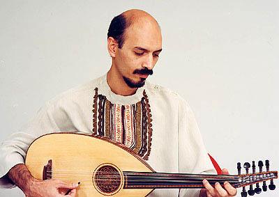 Hossein Behroozinia,伊朗著名的乌德琴大师